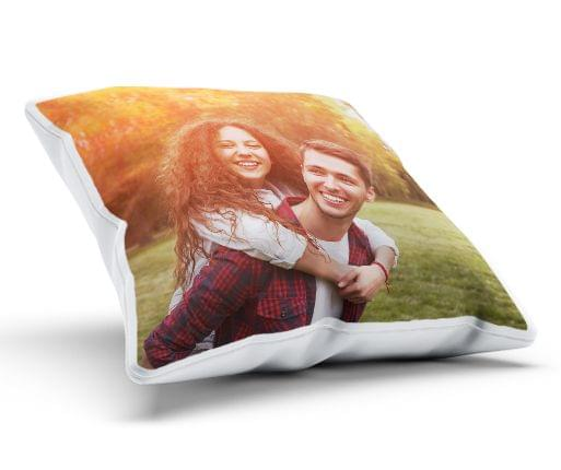 https://print.arcdesign.sk/images/products_gallery_images/photo-cushion-full-view-6921f10102.jpg